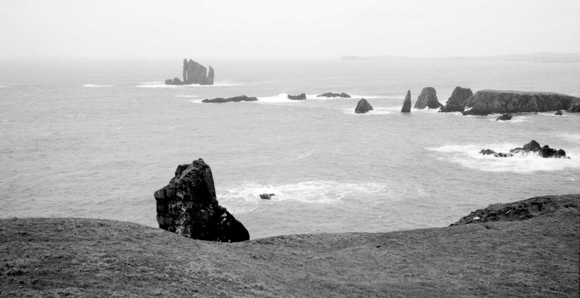 加藤秀 写真展「SHETLAND IN THE LIGHT」